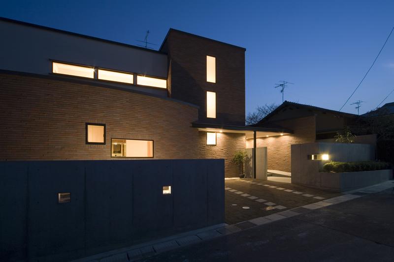 ALLの高級注文住宅「赤レンガとフラットルーフの家」10
