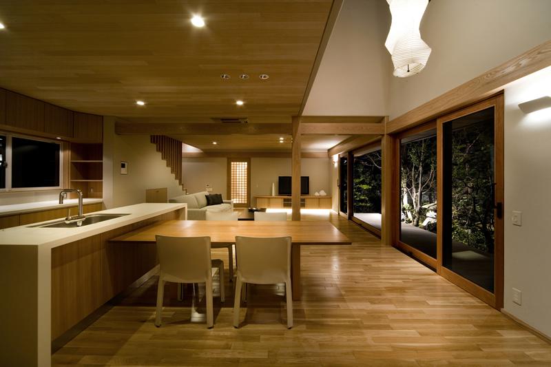 ALLの高級注文住宅「二線の美を重ねる家」2