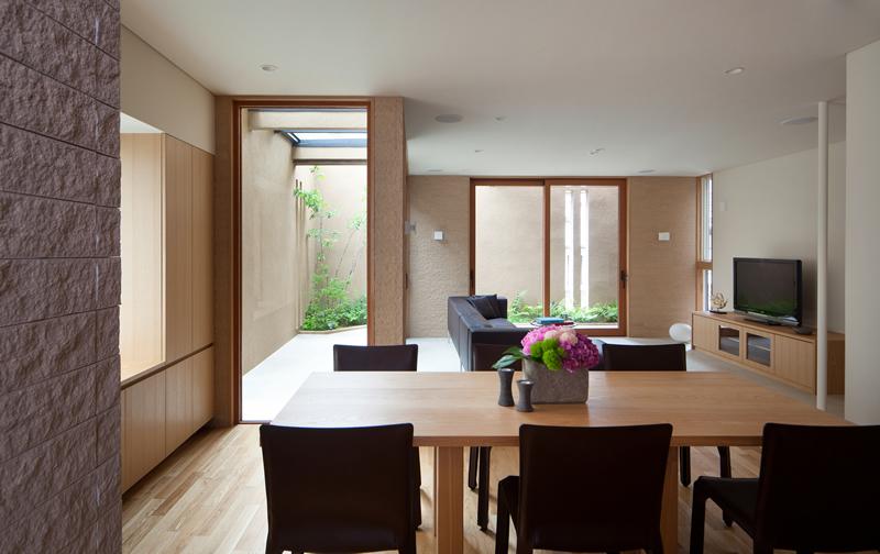 ALLの高級注文住宅「囲われた開放的な家」10