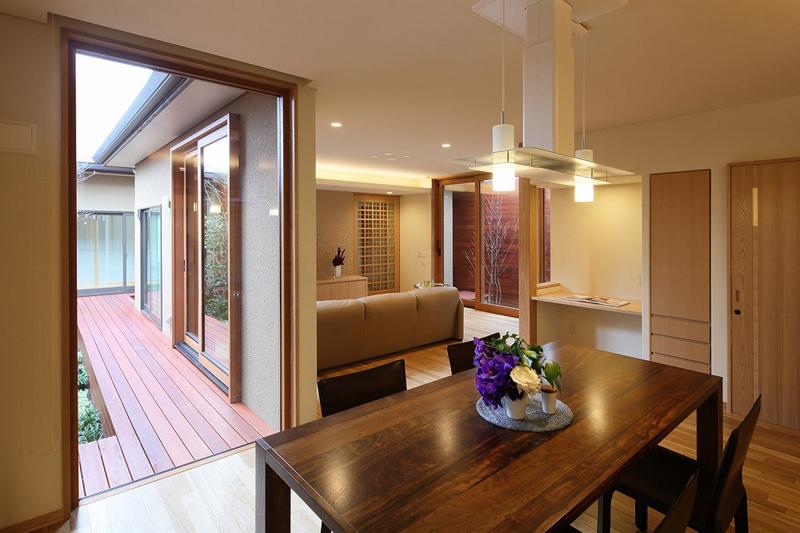 ALLの高級注文住宅「庭を囲む家」11