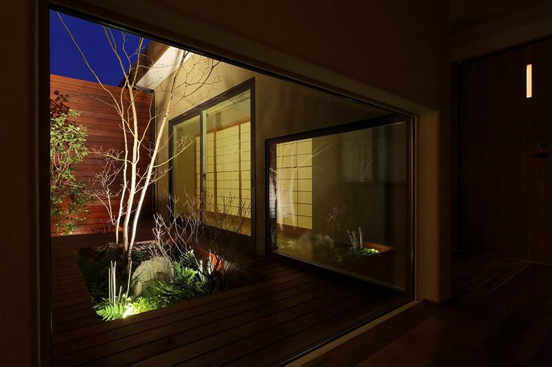 ALLの高級注文住宅「庭を囲む家」3