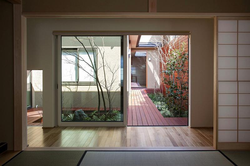 ALLの高級注文住宅「庭を囲む家」4