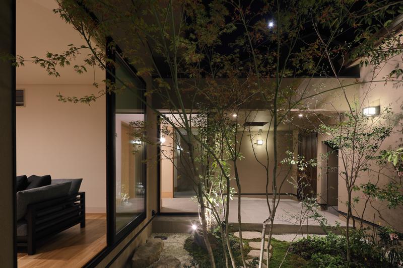 ALLの高級注文住宅「紫竹のコートハウス」12