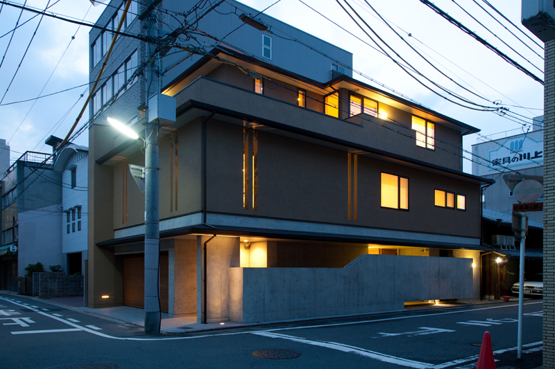 ALLの高級注文住宅「囲われた開放的な家」21