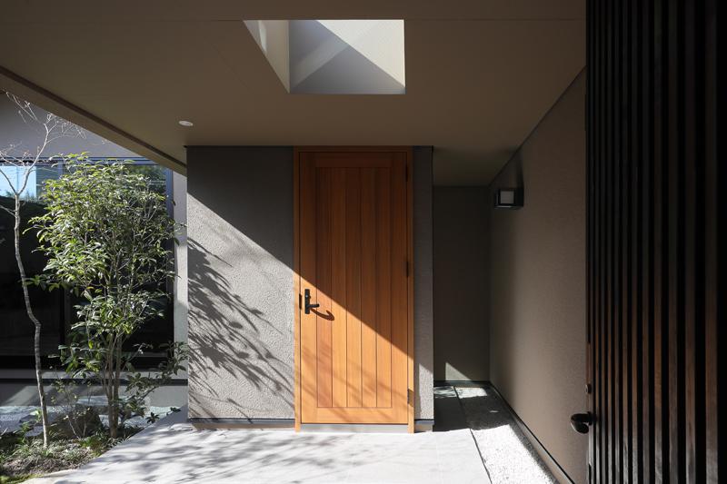 ALLの高級注文住宅「紫竹のコートハウス」2
