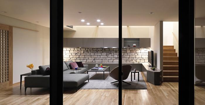 完全自由設計施工 ALLの高級注文住宅 CASE25 石貼りのモダン住宅
